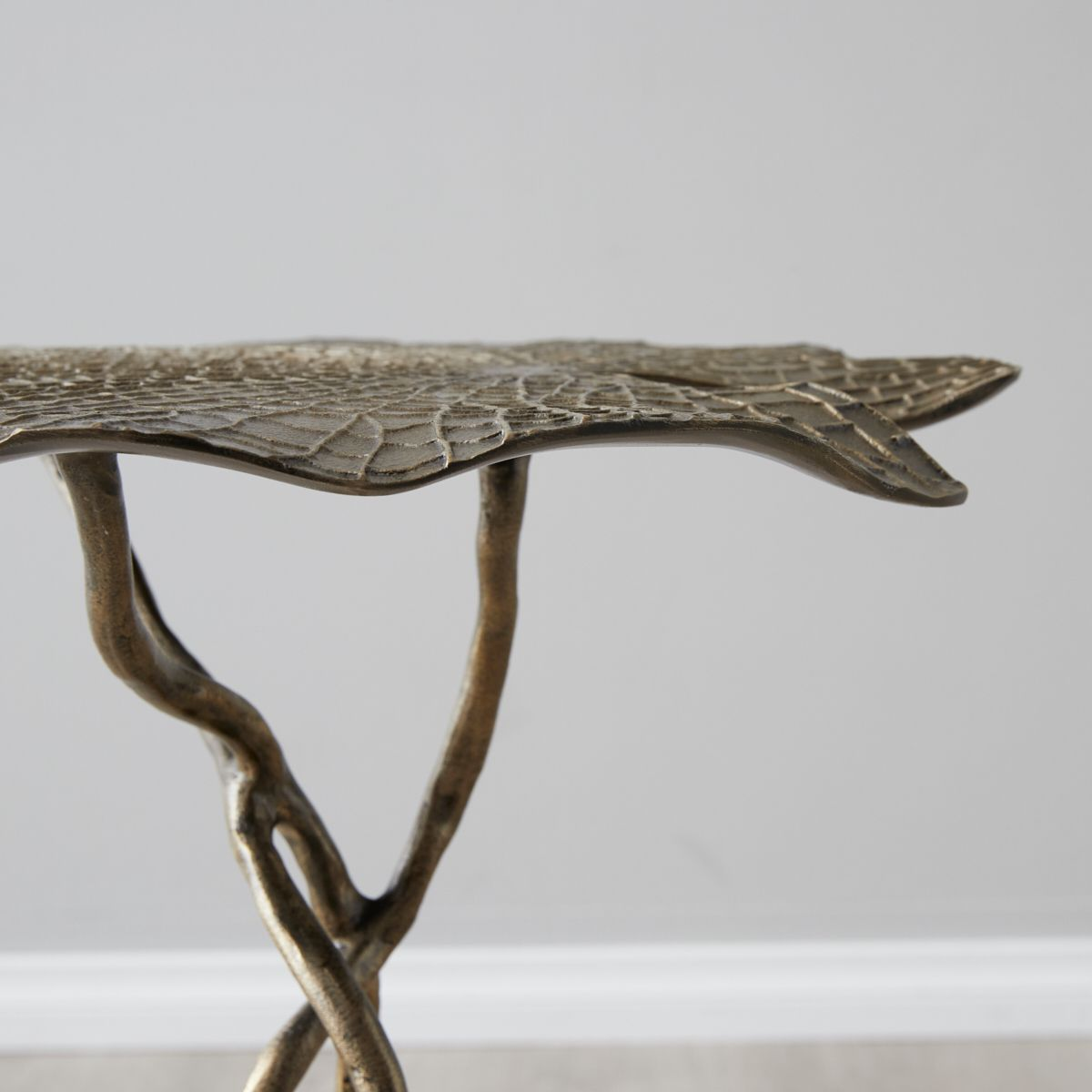 Dhara brass leaf side table
