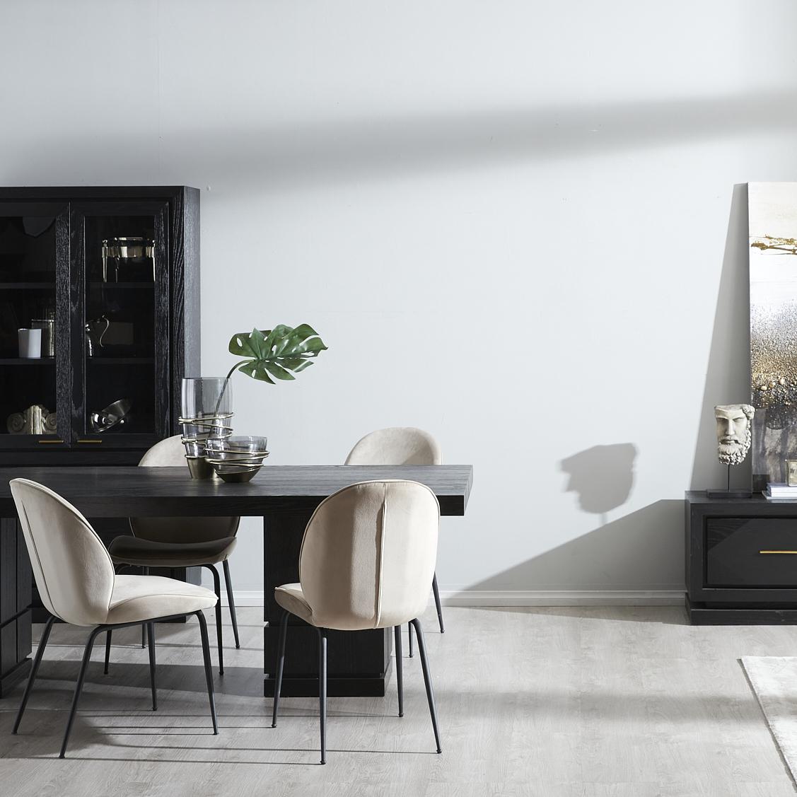 Portofino dining table
