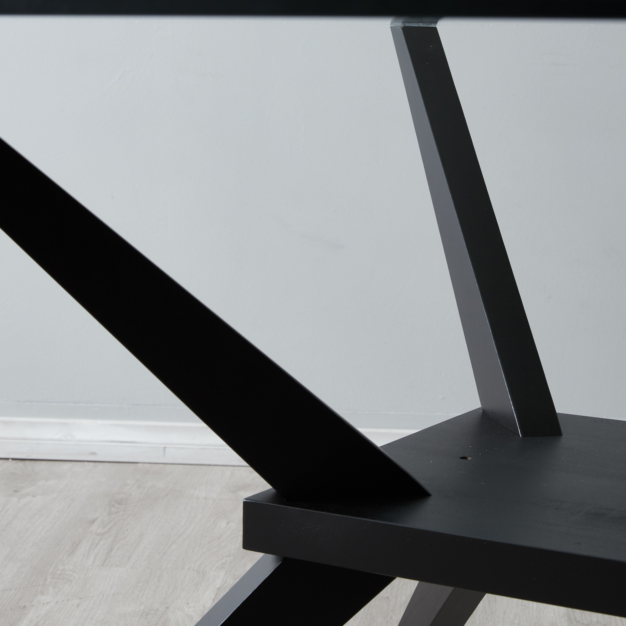 Alfonso Dining Table